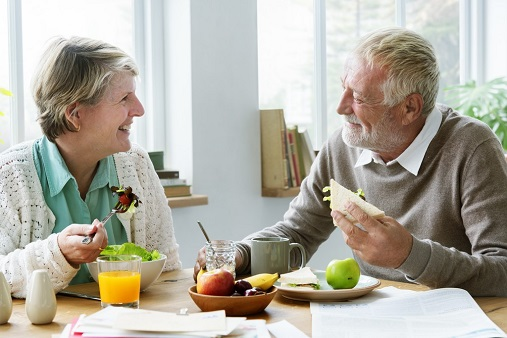 healthy-eating-tips-for-seniors-living-at-home